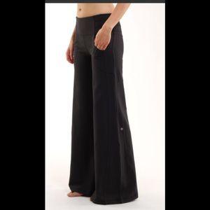 Lululemon dance yoga pants
